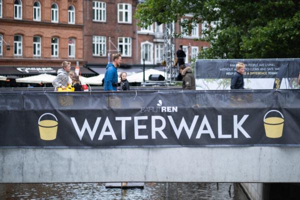 20190601-BarutRen-Water-Walk-Aarhus-0715